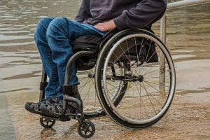 כיסאות גלגלים סיעודיים